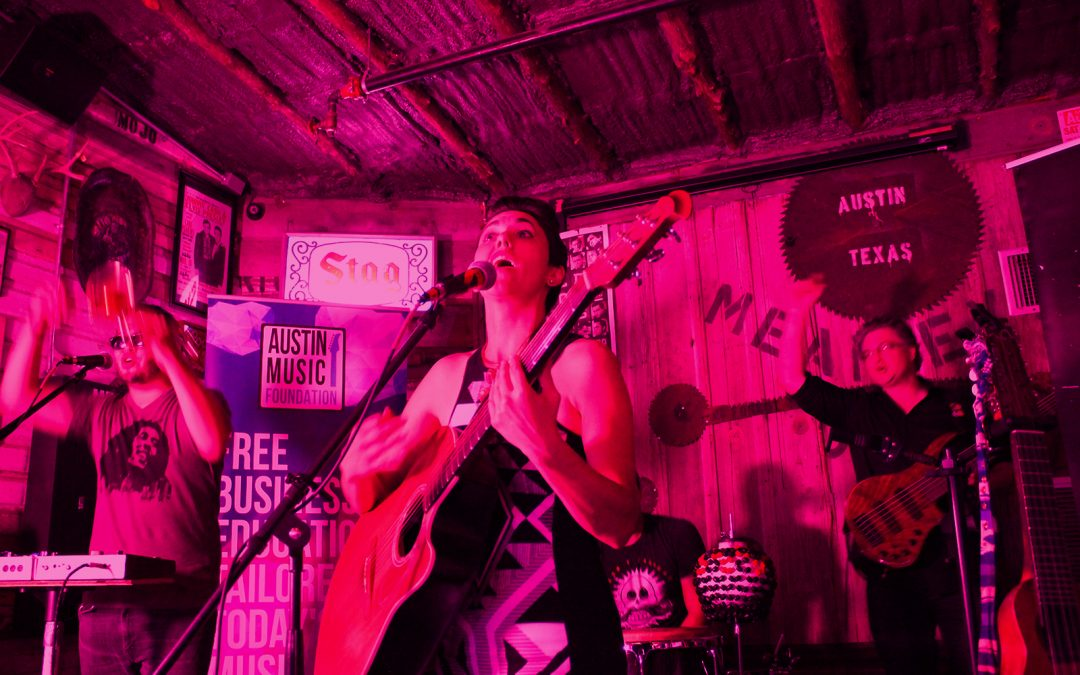Live Series: Gina Chavez at the Mean Eyed Cat